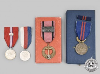 Czechoslovakia, Republic, Socialist Republic. Three Awards & Medals