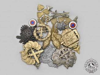 Slovakia, I Republic. A Lot of Cap Badges and Uniform Insignia