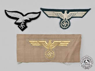 Germany, Wehrmacht. A Lot of Uniform Eagle Insignia