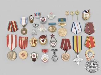 Bulgaria, Cuba, Czechoslovakia, East Germany, Poland, Romania, Russia. A Lot of Twenty-Nine Socialist Medals and Badges