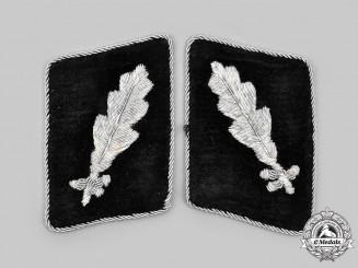 Germany, SS. A Set of Waffen-SS Standartenführer Collar Tabs