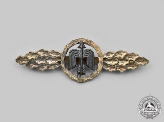 Germany, Luftwaffe. A Short-Range Day Fighter Clasp, Gold Grade