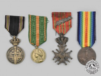 Belgium, France, Italy. Lot of Four First and Second War Commemorative Medals