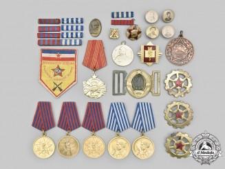 Yugoslavia, Socialist Federal Republic. A Lot of Thirty Items