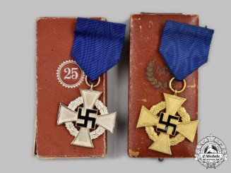 Germany, Third Reich. A Pair of Cased Civil Service Long Service Awards