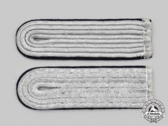 Germany, Heer. A Set of Medical Leutnant Shoulder Boards