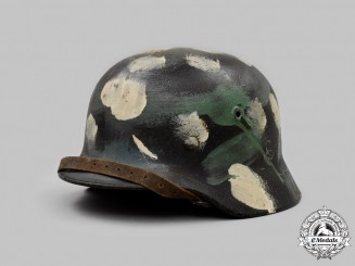Germany, Heer. An M40 Stahlhelm with Field-Applied Dab Pattern Camouflage, by F.W. Quist