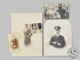 United Kingdom. The Miniature Awards of Admiral William A.J. Davies, Royal Navy