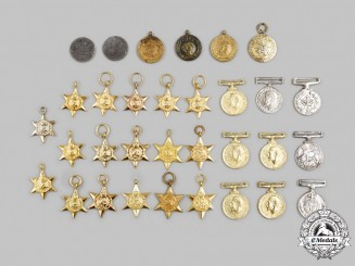 United Kingdom, Canada, United Nations. A Lot of Thirty-Two Miniature Awards