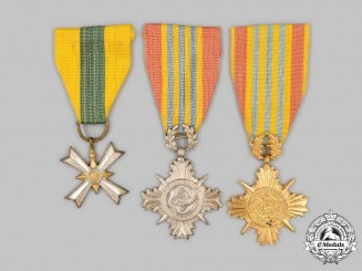 Vietnam, Republic (South Vietnam). Three Awards