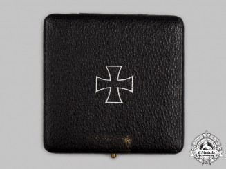 Germany, Wehrmacht. A Presentation Case for a 1939 Iron Cross I Class, by Paul Maybauer