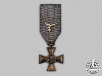 Germany, Luftwaffe. A Wehrmacht Long Service Cross, II Class for 18 Years, with Luftwaffe Device