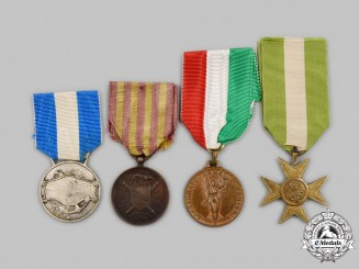 Italy, Kingdom. A Lot of Four Awards & Decorations