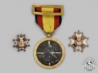 Spain, Fascist State. Three Awards