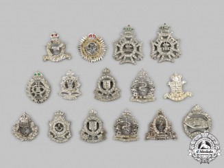 Canada. A Lot of Fifteen Armed Forces Sweetheart Badges