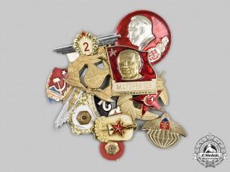 International. A Mixed Lot of Commemorative Badges and Cap Insignia
