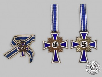 Germany, Third Reich. A Lot of Honour Crosses of the German Mother