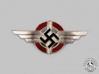Germany, DLV. A German Air Sports Association Cap Insignia