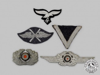 Germany, Wehrmacht. A Mixed Lot of Uniform Insignia