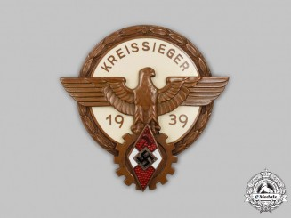 Germany, HJ. A 1939 District Trade Competition Victor's Badge, by Ferdinand Wagner