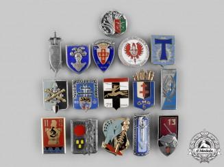 France, V Republic. A Lot of Sixteen Regimental Badges