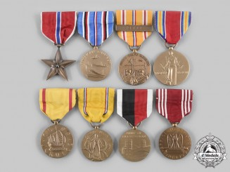 United States. A Lot of Eight Second War Campaign Awards