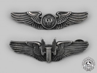 United States. A Set of USAAF Air Gunners Badge and Aircrew Badge, c.1945
