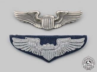 United States. A Second World War and Modern Pilots Wing