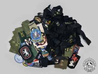 International. A Lot of 143 Military and Civilian Related Items