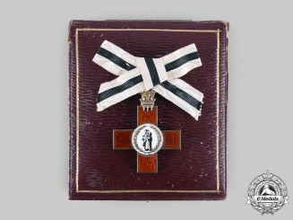 United Kingdom. An Order of the League of Mercy Badge with Case