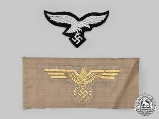 Germany, Wehrmacht. A Pair of Uniform Eagle Insignia