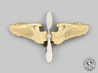 United States. A United States Army Air Force (USAAF) Cadet Cap Badge, c.1945