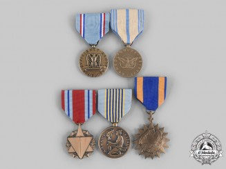 United States. A Lot of Five Air Force Medals