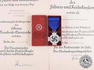 Germany, Third Reich. A Civil Service 25-Year Faithful Service Cross, with Case, by Wächtler & Lange with Documents to Justice Inspector Karl Kreutzfeldt