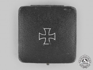 Germany, Wehrmacht. A Presentation Case for a 1939 Iron Cross I Class