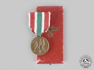 Germany, Third Reich. A Return of Memel Commemorative Medal, with Case