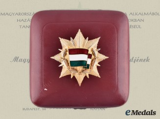 Hungary, People's Republic. An Order of the Flag of the Republic, III Class with Case, to F. Otto Mircea
