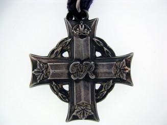Canadian Memorial Cross,
