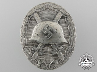 A Silver Grade Wound Badge; Unusual Maker