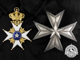 A Swedish Order of the North Star in Gold; Grand Cross Set by C.F. Carlman