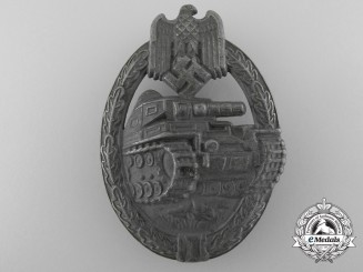 An Silver Grade Tank Assault Badge