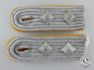 A Set of  Hauptmann Rank Luftwaffe Flight Personnel Shoulder Boards