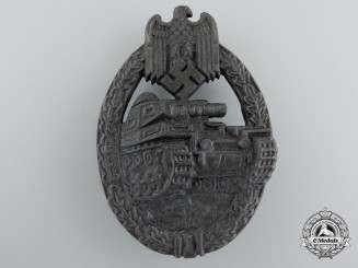 A Bronze Grade Tank Badge by Maker R.R.S.