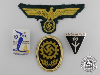 A Lot of Second War Period German Badges and Insignia