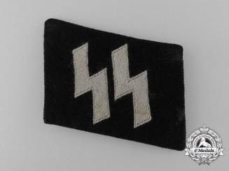 A Waffen-SS EM/NCOs BeVo Runic Collar Tab