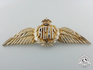A Second War Royal Canadian Air Force (RCAF) Sweetheart Wings