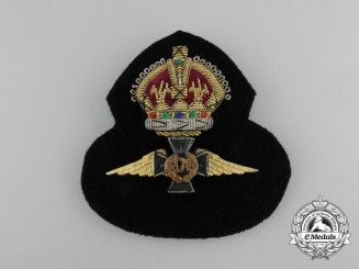 Canada, Commonwealth. A Royal Canadian Air Force (RCAF) Chaplain's Cap Badge, c.1942