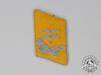 A Single Luftwaffe Flight Personnel's Oberleutnant Rank Collar Tabs