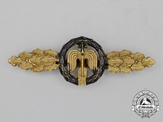 A Gold Grade Luftwaffe Close Combat Night Time Fighter Squadron Clasp