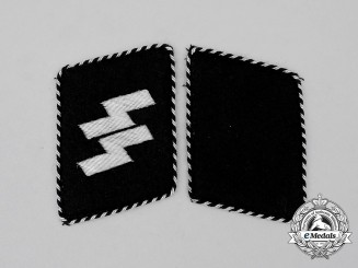 An Mint Early Set of SS-Mann Collar Tabs; Type 2 (1934-1940)